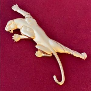 JJ 1986 Vintage Golden panther pin brooch